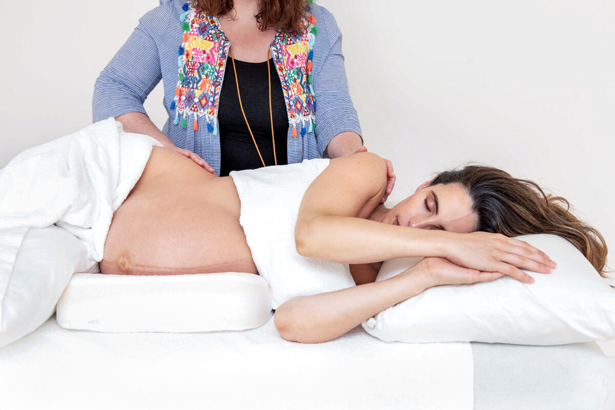 Pregnancy Pillow – Do I Need One?